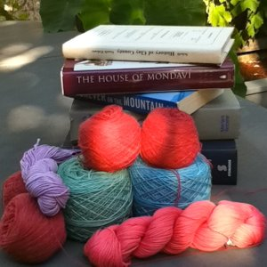 2 Knit Lit Chicks | Listen to the Most Popular Podcasts on OwlTail